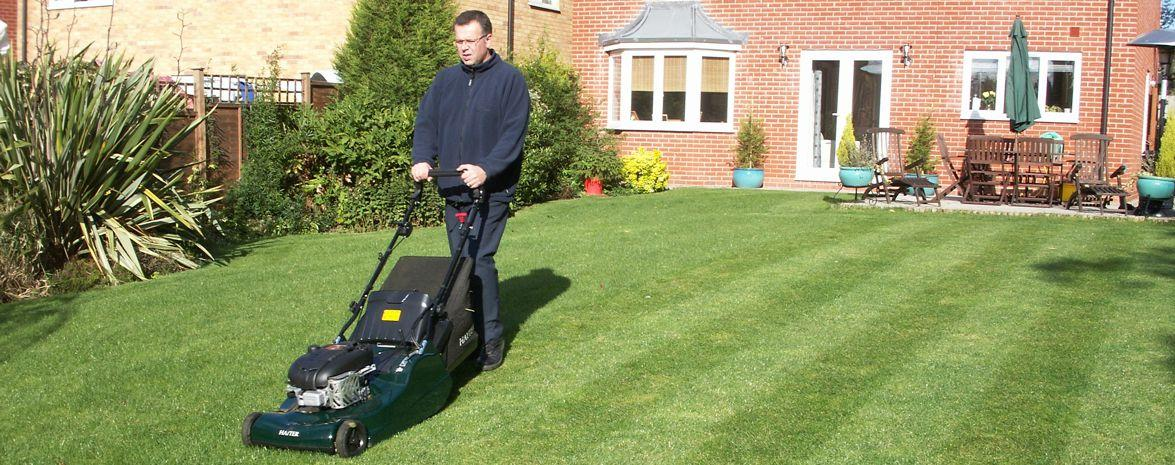 Weekly & Fortnightly Mowing Service